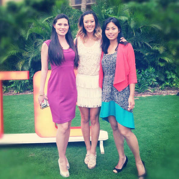 Michelle Wie with friends.PNG