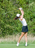 Wie Michelle at LPGA Safeway Classic at Pumpkin Ridge 2009.PNG