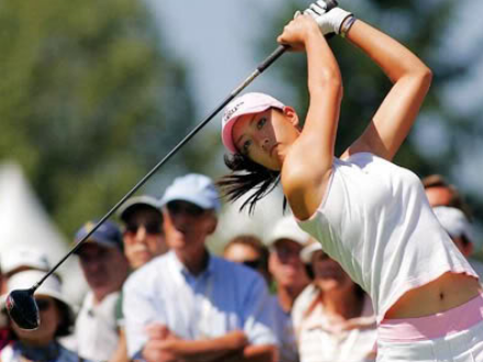 The sexy Korean golf player Michelle Wie finishing her swing.PNG