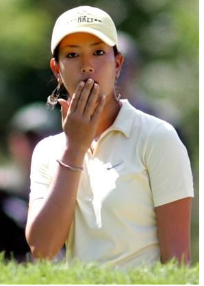 Michelle Wie surprise expression.PNG