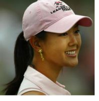 Michelle Wie wearing a light pink cap.PNG